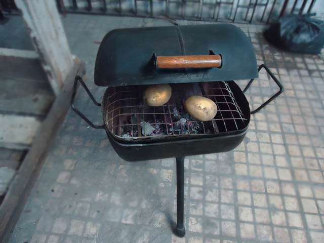 Membuat mini barbeque grill/ panggangan