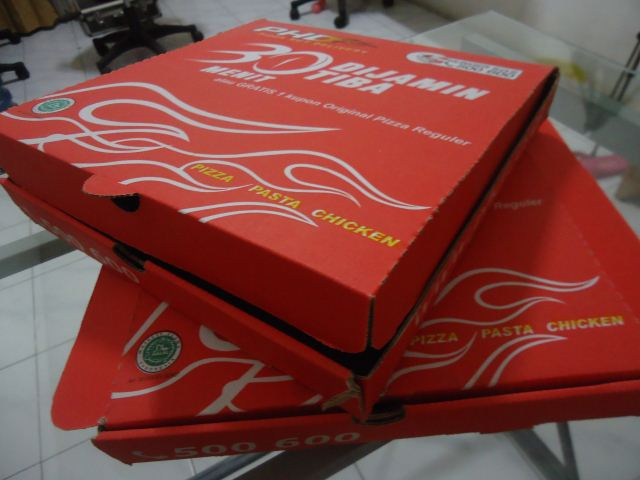 Daur ulang pizza hut