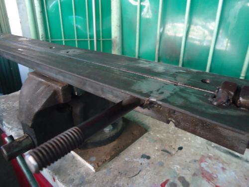 cara membuat alat penekuk plat besi