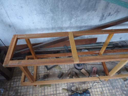 cara membuat rangka meja kayu