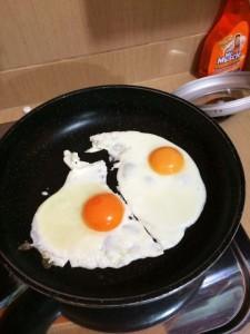 Telur untuk roti sandwich