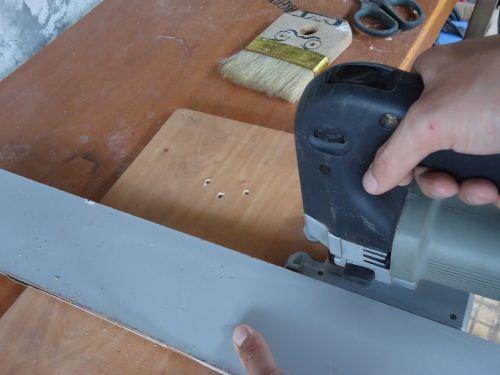teknik memotong lurus menggunakan jigsaw