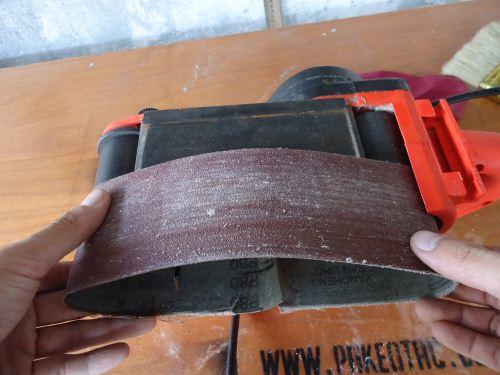 cara memasang belt sander