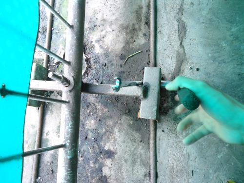 cara memperbaiki roda pagar