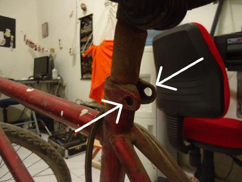 cara melepas sadel sepeda