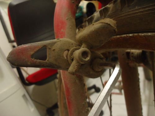 cara melepas karet rem sepeda