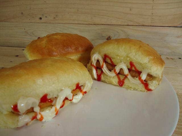 roti hotdog/hotdog bun