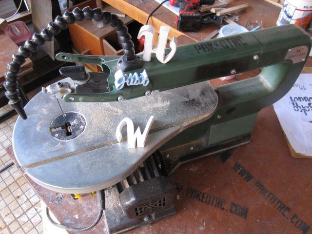 Cara menggunakan mesin scroll saw
