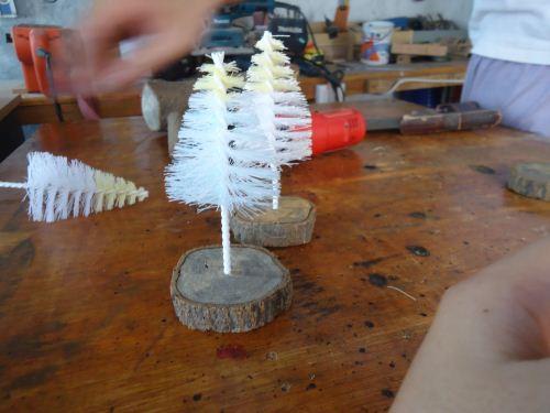 Membuat sendiri pohon natal mini