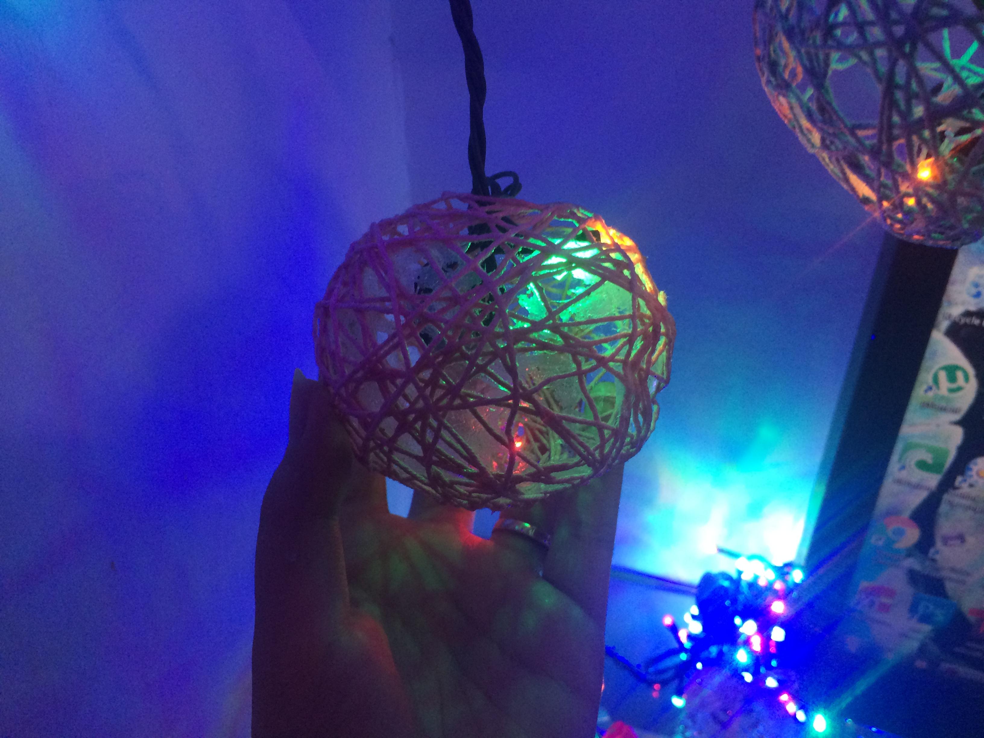 Bola benang lampu
