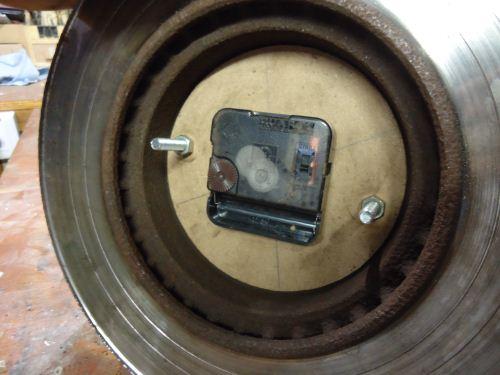 cara memasang mesin jam pada disc brake mobil