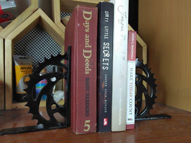 cara membuat sandaran buku dari gear motor