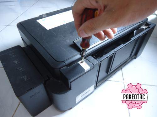 Cara membongkar printer epson l210