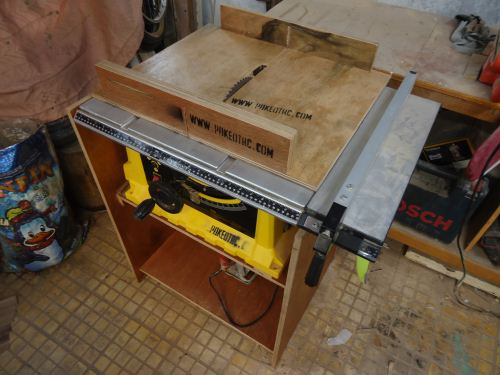 table saw stanley 10''