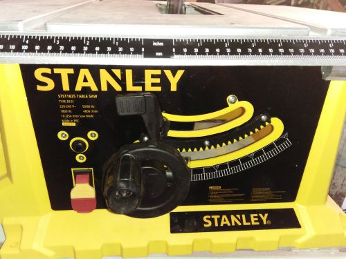 meja table saw Stanley STST1825