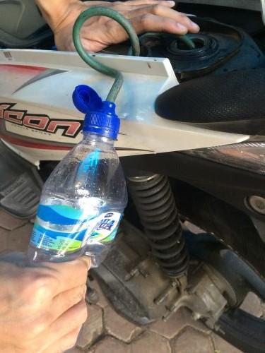 Membuat penghisap bensin