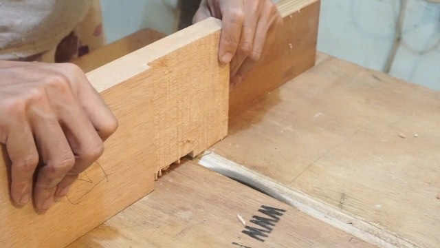 joinery technique to make a bench