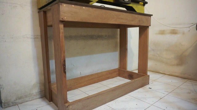 How to make wooden bench for metal lathe