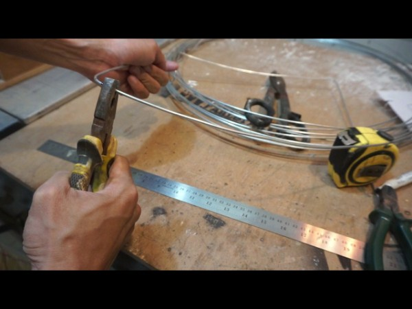 making dog house frame using wire