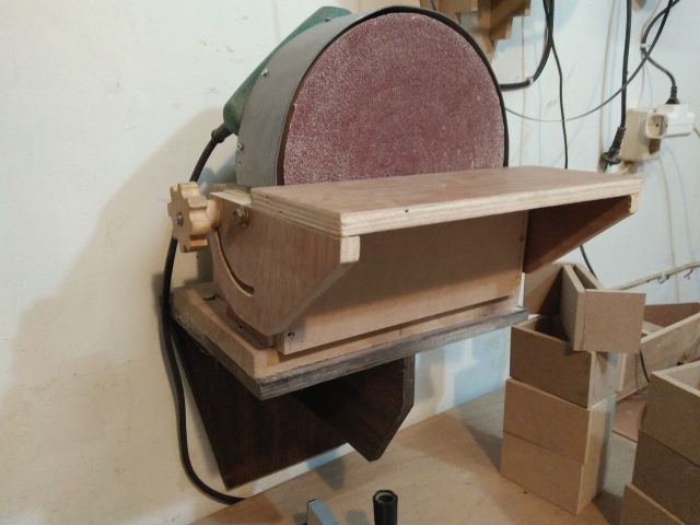How to make a disc sander