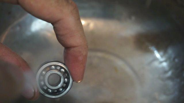 Bearing fidget spinner
