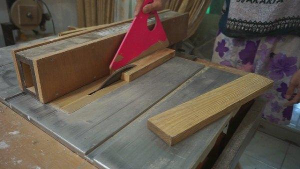 Buat frame foto kayu pinus