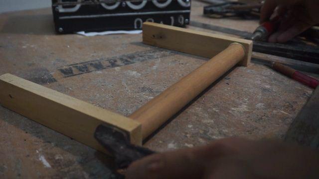 Pegangan kayu bundar