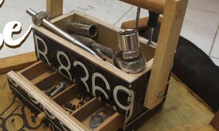 Membuat tool box kecil dari plat nomer
