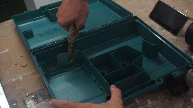 daur ulang kotak perkakas