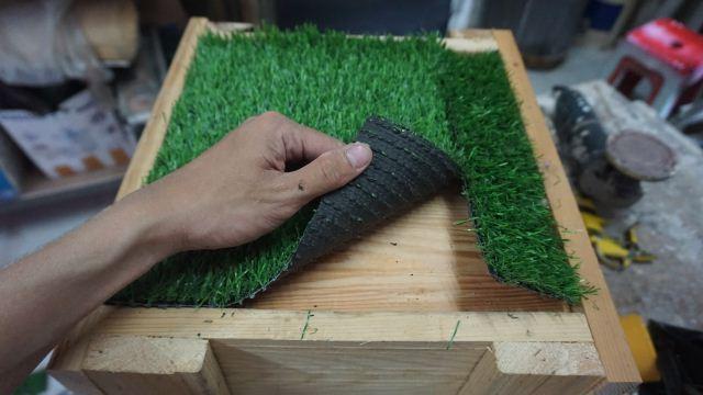 Cara memasang rumput sintesis